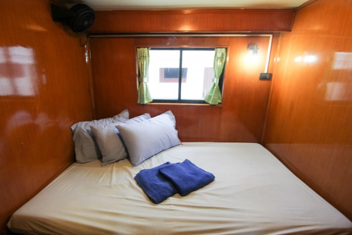 liveaboards_mantaqueen2doublebed.jpg